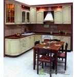 Кухня с фасадами из массива №05